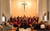 2007 - Sant Blai - Cant coral església (1).jpg